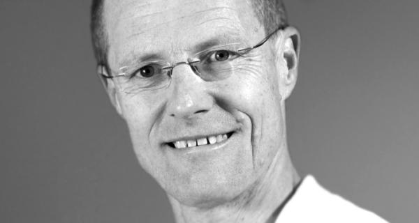 Das Bild zeigt Mitarbeiter Dr. med. Klaus Wölkhart